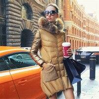2018 зимние роскошные золотые с воротником из меха енота средний длинная куртка пальто Тонкий женщин парка пальто