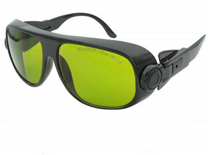 multi-wavelengths laser safety glasses(190-420nm & 850-1700nm O.D 4+ CE ) + black hard box + cleanning cloth