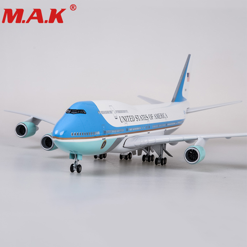 47cm airplane model toys boeing 747 air force one aircraft model with light and wheel 1/150 scale diecast plastic allory plane brand new terebo 1 72 scale fighter model toys russia su 34 su34 flanker combat aircraft kids diecast metal plane model toy