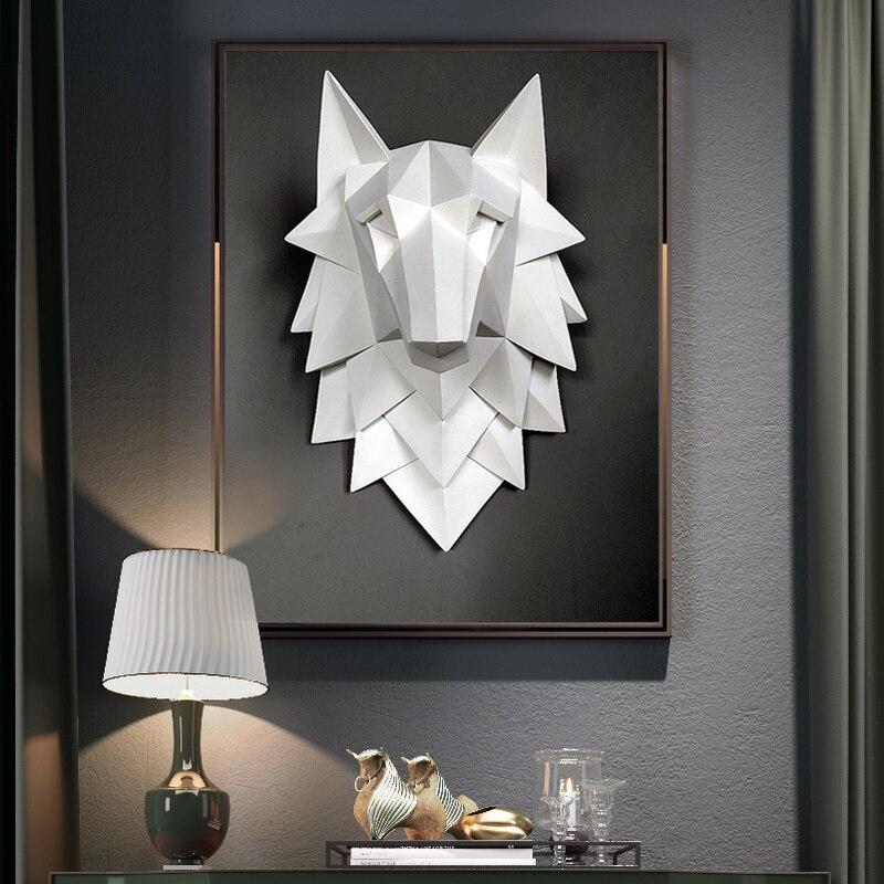 手作りの樹脂アートスタチューホームデコレーションアクセサリー3D抽象オオカミヘッド彫刻結婚式Chrismas壁の装飾クラフトアートウェアmetaloweskrzydładekoracyjne naścianę