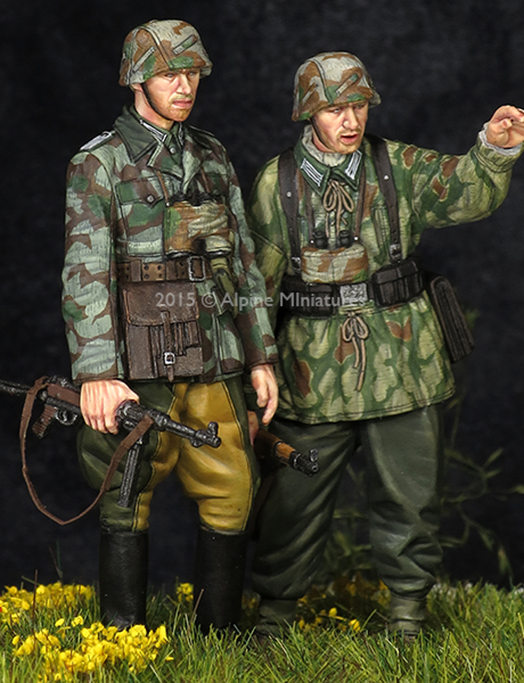 Crazy King1/<font><b>35</b></font> <font><b>resin</b></font> soldier <font><b>model</b></font> <font><b>German</b></font> bomber set two people GK white <font><b>model</b></font> hand 334 image