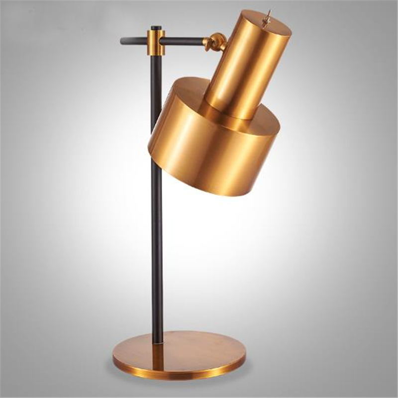 Nordic Metal Study Table Lamp Bedside Lamp Post modern Simple Creative Art Studio Cafe Bedroom Lamp Free Shipping