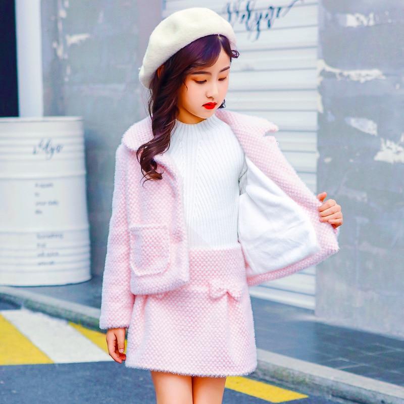 Anlencool High quality Children s wear girls suit 2019 new girls snow velvet jacket plus skirt