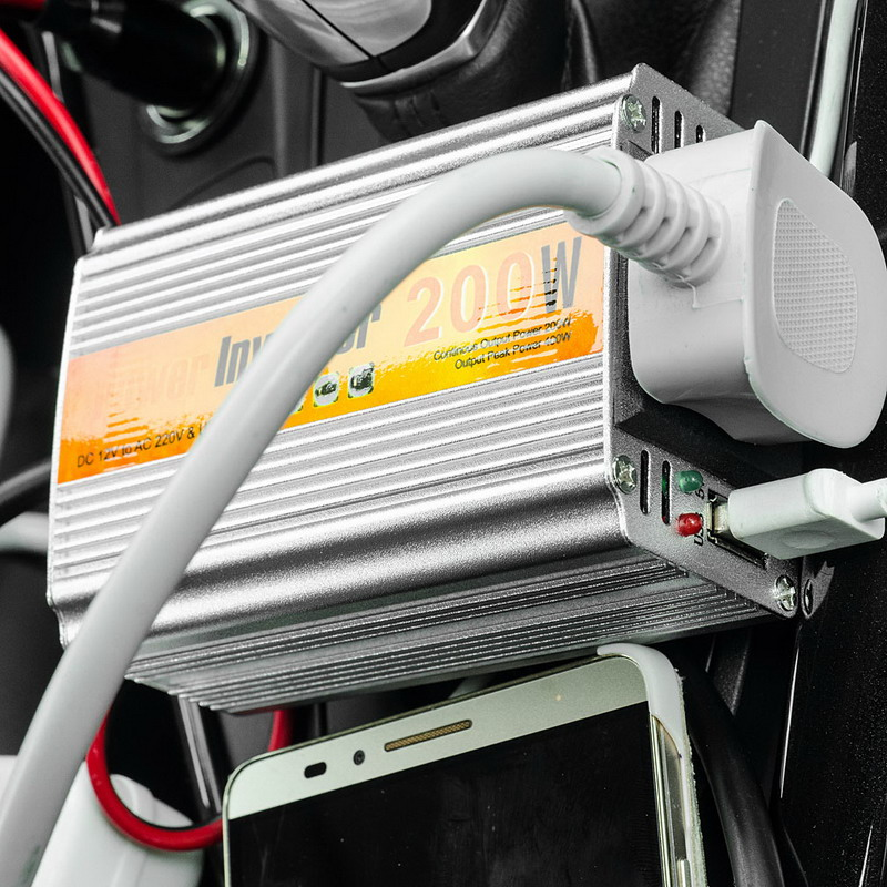 цена на New 1 PCS 200W Outlets Power Inverter DC 12V to AC 220V Car Adapter Laptop Smartphone VEJ99 T50