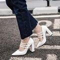 Coreia do Estilo de Moda Retro Classis Bombas PU De Couro Fivela de Cinta Alta Bloco Salto Grosso Das Mulheres do Salto Lolita Sapatos de Casamento Mulher