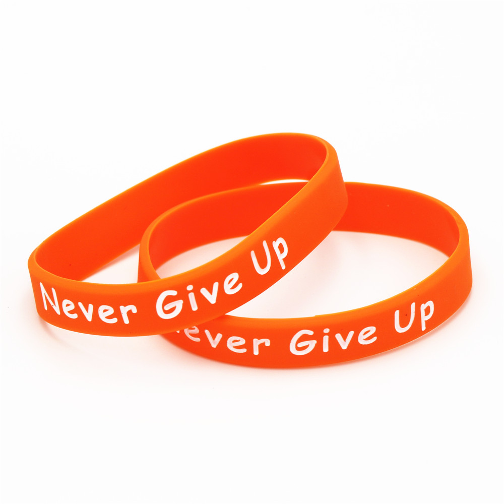 Купить с кэшбэком LUKENI Hot Sale 1PC Motivational Bracelet MS Fighter Never Give Up Silicone Wristband Orange Silicone Bangles Gifts SH153