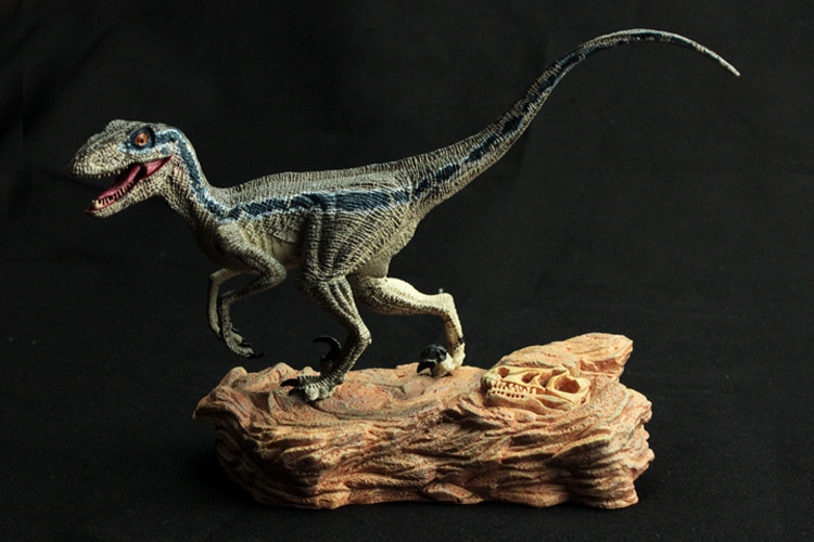 Children Dinosaur Toys Simulation Jurassic World Animals Collection Lifelike Running Blue Velociraptor Gifts