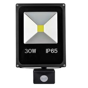 Image 2 - Ngoài trời PIR Có Thể Điều Chỉnh Ánh Đèn Pha 10 Wát 20 Wát 30 Wát 50 Wát LED Motion sensor đèn Lũ Phản Xạ AC110V 220 V Tường Đèn Spotlight
