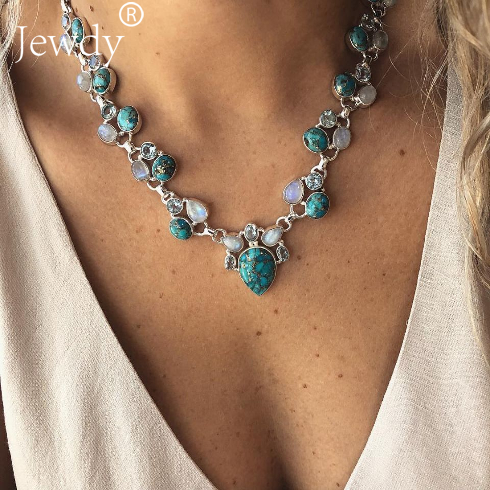 f631eea95fd22 US $2.12 30% OFF|2019 Trendy Fashion Women's Green Chunky Crystal Necklace  Bohemian Style Coral Stone Pendant Choker Statement Necklace Jewelry-in ...