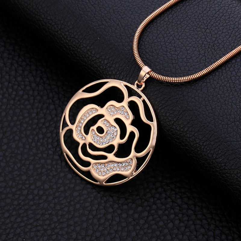 Rose Gold Necklaces & Pendants For Women Hollow Flower Long Sweater Necklace Vintage Cryst