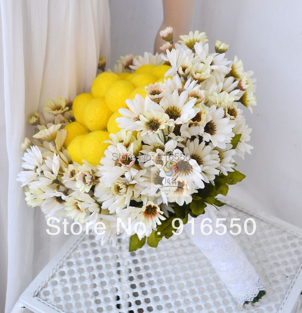 Round Bridal Bouquet / Wedding Bouquet White Daisy & Yellow Hairball ...