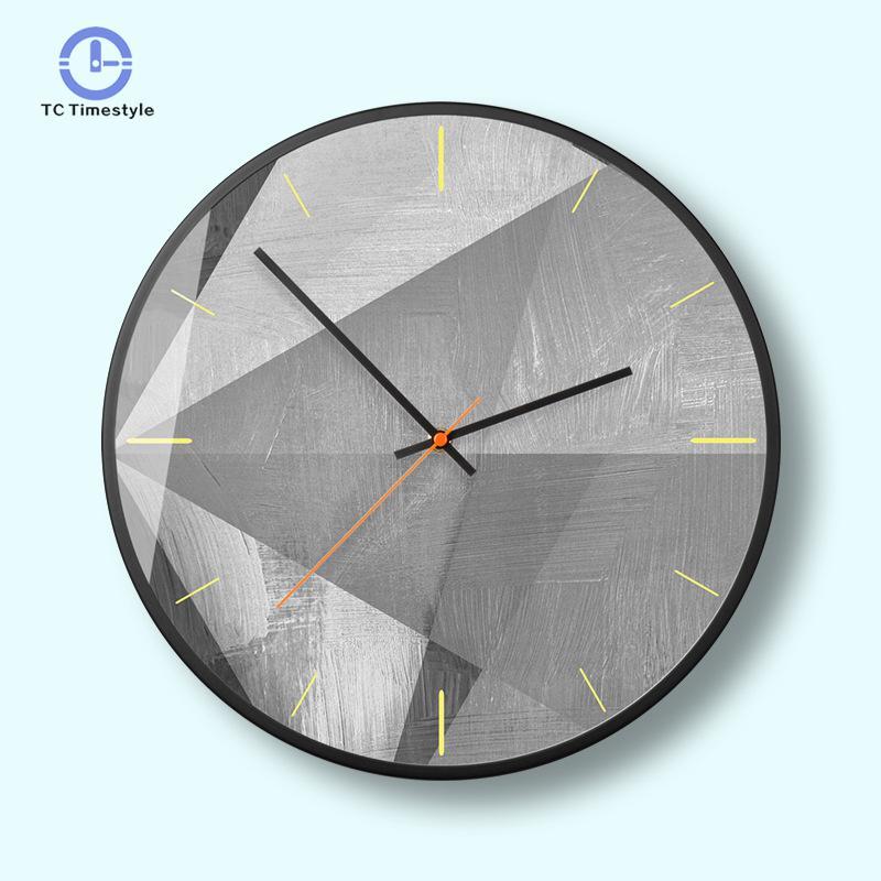 ساعة الحائط 50 درجة رمادي الهندسية الأزياء الشمال الحد الأدنى الحديثة غرفة المعيشة مكتب الزخرفية ساعات الحائط-في ساعات الحائط من المنزل والحديقة على  مجموعة 1