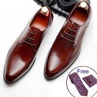 Vender Zapatos de cuero genuino para hombres, marca de lujo, negro, para fiesta, vestido de boda, zapato de negocios, zapatos de cuero Phenkang 2020