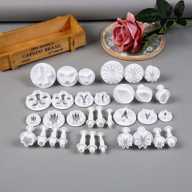 New White 33Pcs/set Fondant Cake Decorating Sugarcraft Plunger Cutter Tools Mold Cookies Full Set Mold