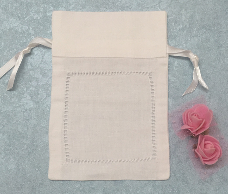 fashio gifts bags 120pcslot 4x6ideal for ladies handkerchief white linen hemstitched favor bags can collection wedding hankies