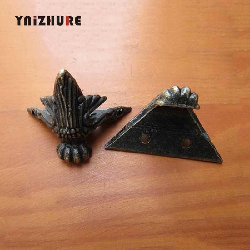 12 PCS 40x30mm Caixa de Madeira Antiga Pés Perna Protetor de Canto Triângulo Rattan Decorativo Esculpido Suporte Para Móveis Hardware
