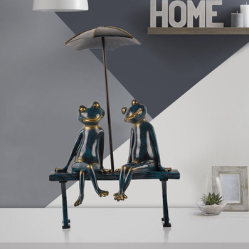 Lovers Frogs on the chair Leisure European home creative ornaments ornaments crafts furnishings 3 colors