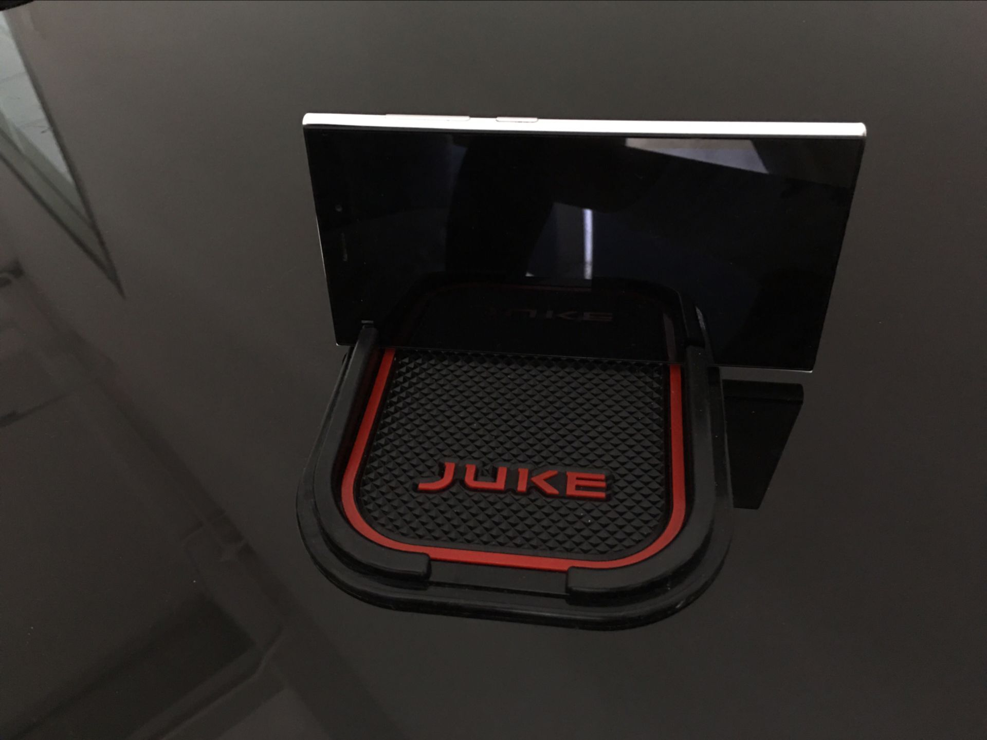 Update Mobile phone 3D Non-slip pad car anti slip pad mat sticker FIT for nissan JUKE Nismo 2013 2014 2015 2016 auto accessories