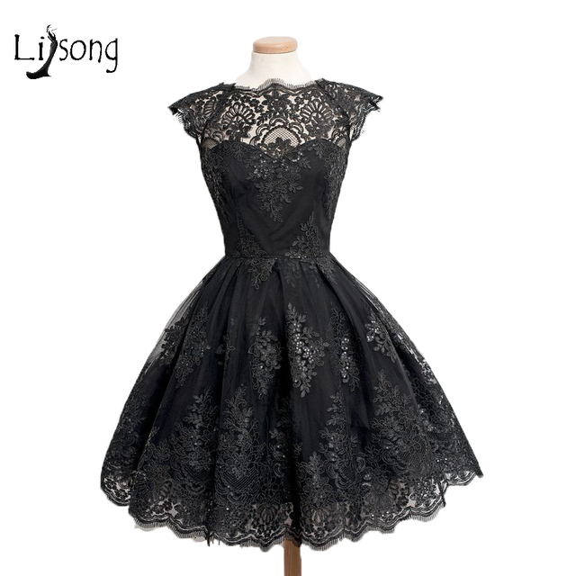 Trendy Black Lace Semi Formal Homecoming Dress Knee Length Party