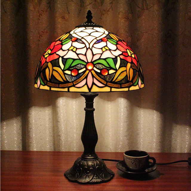 Tiffany Table Lamp Bedroom Living Room Study Lamp Retro Chic Red Light  Lantern Color Glass Lamp
