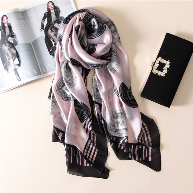 2017 fashion high-grade printing silk scarf luxury brand women scarf spring and summer bandana shawl foulard soft poncho