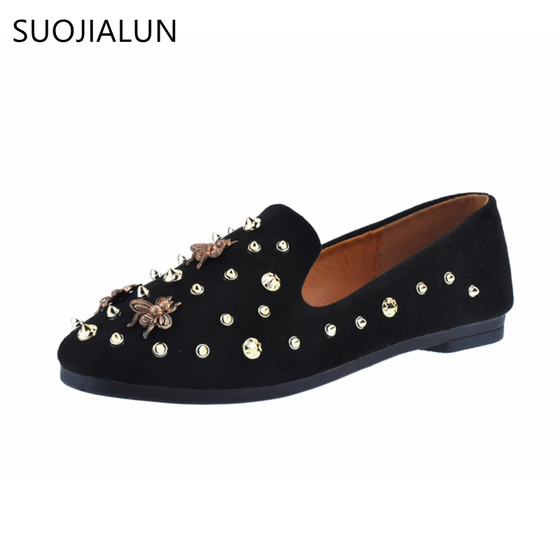 SUOJIALUN 2018 Flats Shoes Women PU Leather Flats With Rivet Slip On Casual Round Toe Slip Brand Designer bee Female shoes pu pointed toe flats with eyelet strap