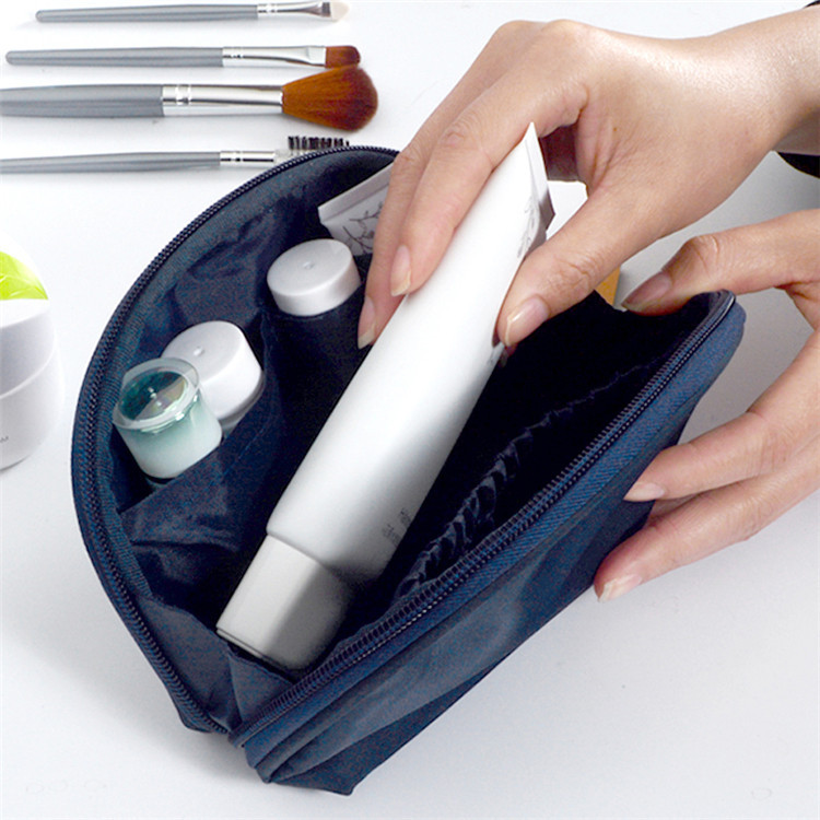 Drop Shipping Small Capacity Travel Cosmetic Make Up Bag Protable Makeup Purse Pouch Zipper Main Brand Beautician Clutch Bags