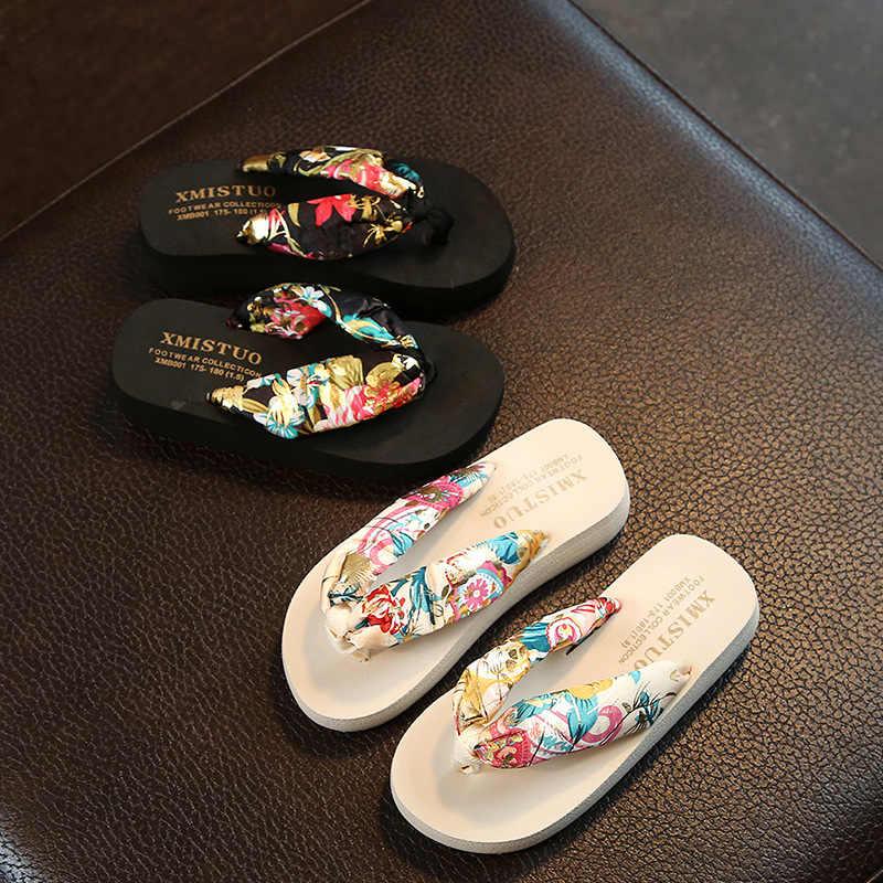 תינוק בנות פרחוני אופנה שטוח סנדלי ילדי גן חיצוני נעלי ילדי חוף מים כפכפים פעוט קיץ מקורה נעלי בית