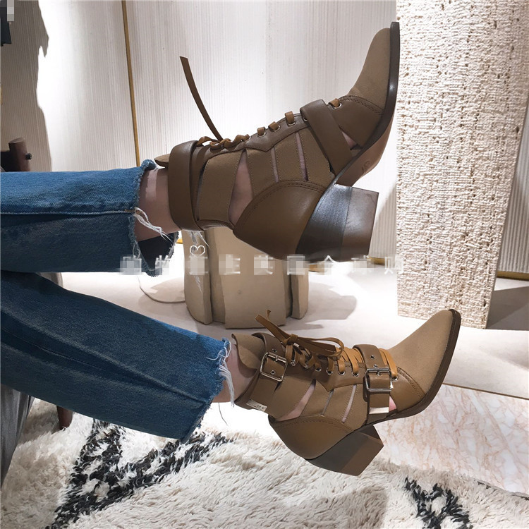 2018 Hot Spring Autumn Shoes Woman Lace Up Ankle Boots Side Buckle Designer Woman Runway Boots Tide Square High Heel Mujer Boots