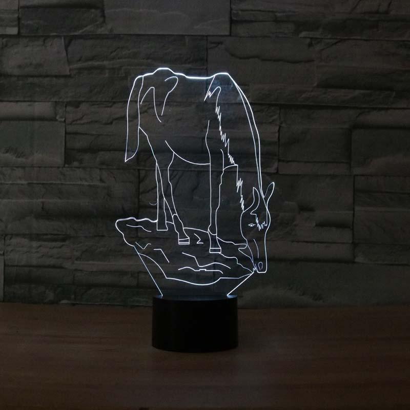 ของขวัญแปลก 7 สีเปลี่ยนสัตว์ม้า Led ไฟในคืน 3D LED โต๊ะโต๊ะโคมไฟเป็นของตกแต่งบ้าน