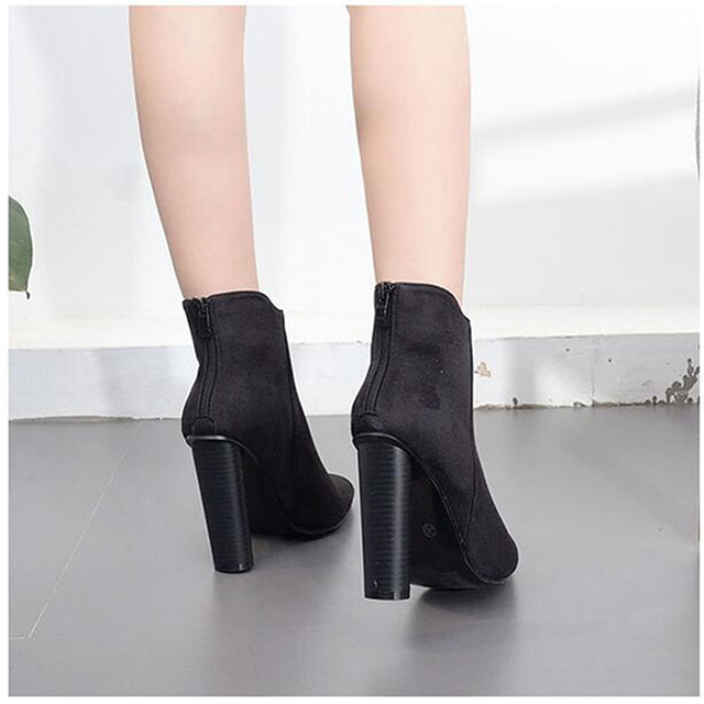 Frosted Women Ankle Boots Glitter Rivet Floral Embroidered Stretch Ankle Boots Block Thick High Heel Bootie Bohemian Shoes Pumps