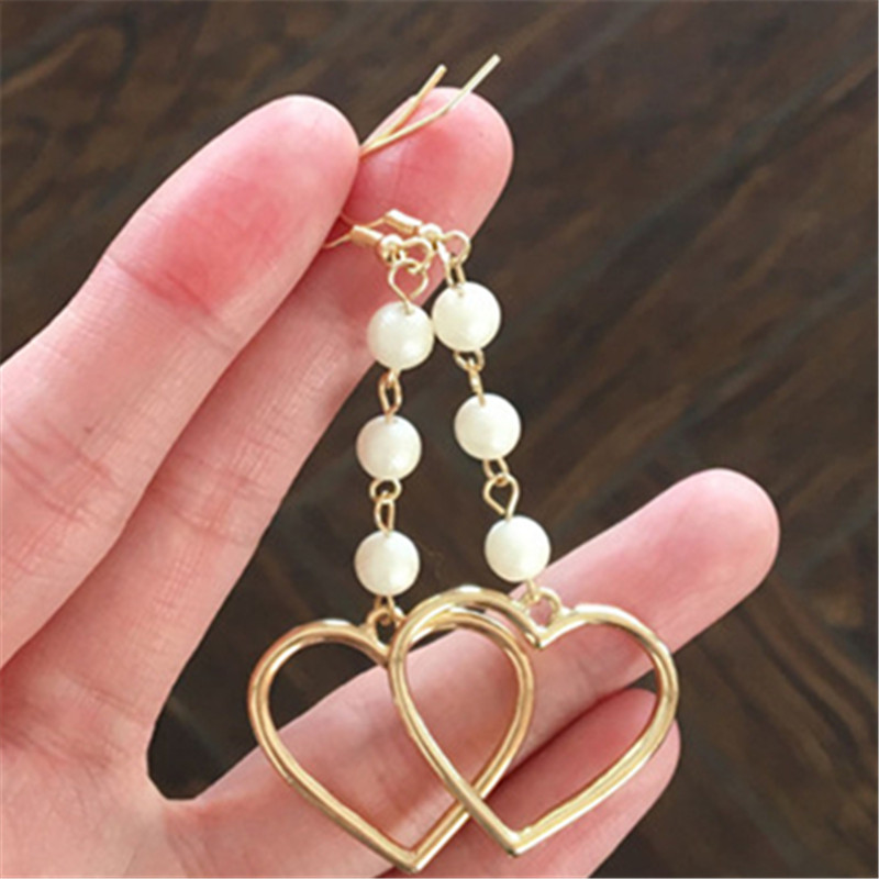 Fashion woman dangle earrings metal heart pearl Golden earrings for women Popular fine jewelry earrings Accessories wholesale
