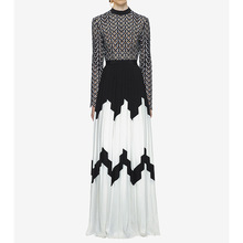 New 2018 autumn runway long sleeve hollow out dress Fashion women lace patchwork pleated dress Chic party maxi dress D215