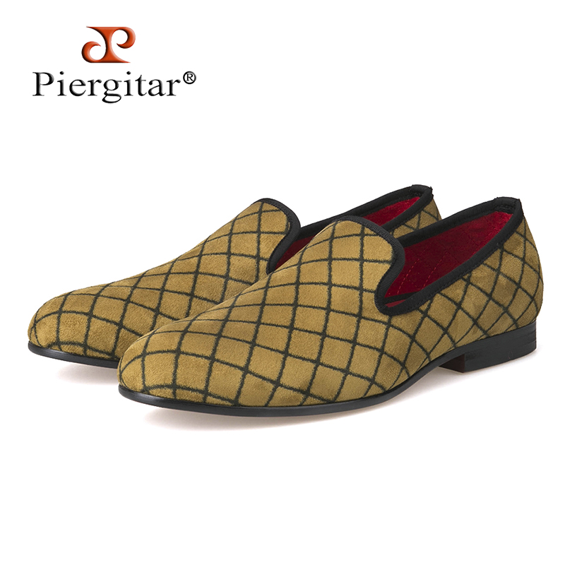 Four Colors Lattice Men Velvet shoes Men Fashion Loafers Plus Size Smoking Slipper Mens Flats Size US 4-14 Free shippingFour Colors Lattice Men Velvet shoes Men Fashion Loafers Plus Size Smoking Slipper Mens Flats Size US 4-14 Free shipping