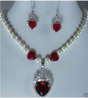 Hot sell Noble shippingBeautiful! red heart crystal pendant pearl Necklace earrings women's jewelry Set (A0516)
