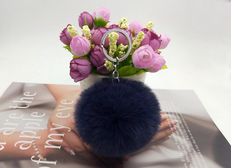 HTB1VtxAwA9WBuNjSspeq6yz5VXaf - 20 Colors Fluffy Fur Pom Pom Keychains Soft Faux Rex Rabbit Fur Ball Car Keyring Pompom Key Chains Women Bag Pendant Jewelry Diy