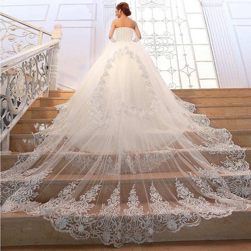 376 01 10 De Reduction 2019 Princesse De Luxe Bustier Tubulaire Longue Trainee Robe De Mariee Cristal Etincelant Diamant Mariee Vestido De Noiva