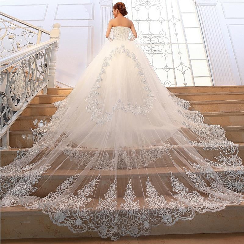 robe de mariée princesse longue traine -