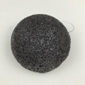 Image 3 - Konnyaku esponja de limpeza facial, ferramenta essencial de limpeza suave para cosméticos de konjac, carvão e bambu, 1 peça