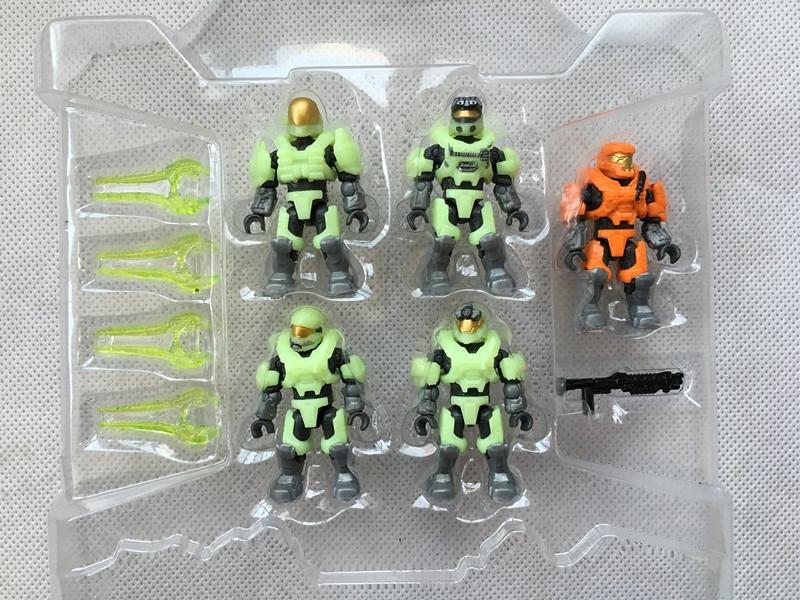 все цены на  KK01--Original Halo 97514 LAST MAN STANDING ZOMBIE PACK II 5pcs Mini Figures Glow in Dark New No outside Package  онлайн