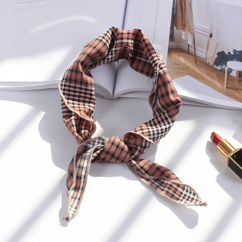 Wild Type Scarf Plaid Print Triangle Scarves Soft Comfortable Fashion Headband Decorative Multi-functional Head Scarf 85*33cm