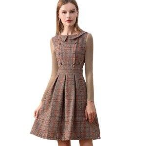 Image 5 - רק בתוספת חורף שמלת צמר חום פיטר צווארון מחבת בציר שמלה עם כפתורים סרוג ארוך שרוול שמלת נשים