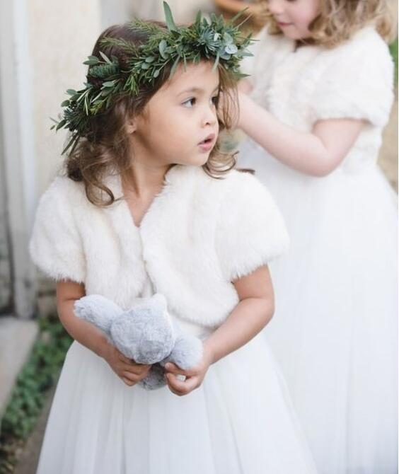 Fashion Autumn Winter wedding short sleeves warm white/ivory flower girl faux fur cape baby kid birthday party jacket outfit