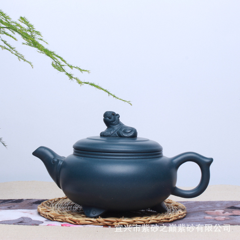 manual recommended undressed ore chlorite lie tiger teapot fine workmanship of the republic of China tea setsmanual recommended undressed ore chlorite lie tiger teapot fine workmanship of the republic of China tea sets