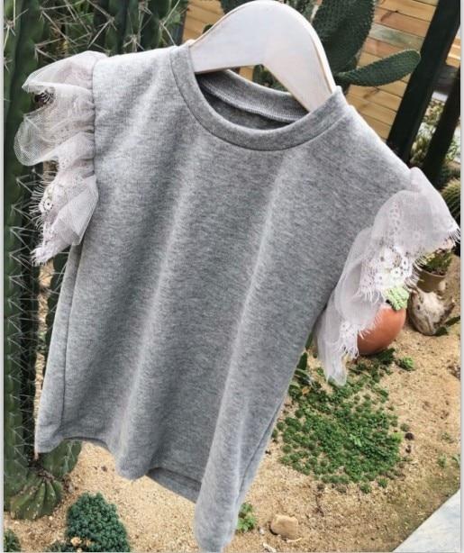 Топы для маленьких девочек; летняя хлопковая черная футболка для малышей с кружевными рукавами для детей - Цвет: Серый