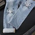 Os recém-chegados primavera verão mulheres calças de brim 2017 cintura alta bordado gato bonito lovely jeans calças jeans calças de brim da menina feminino