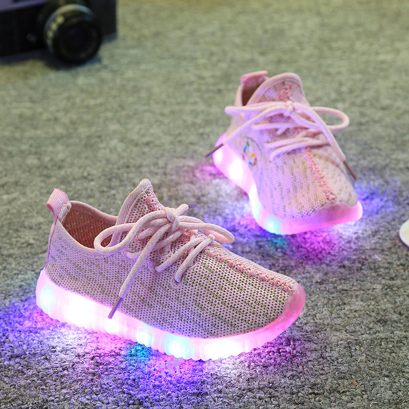Davidyue Children Kids Sneaekers  LED Lights Children Casual Shoes Boys Girls Sports Shoes Non-slip Running Shoes Glowing