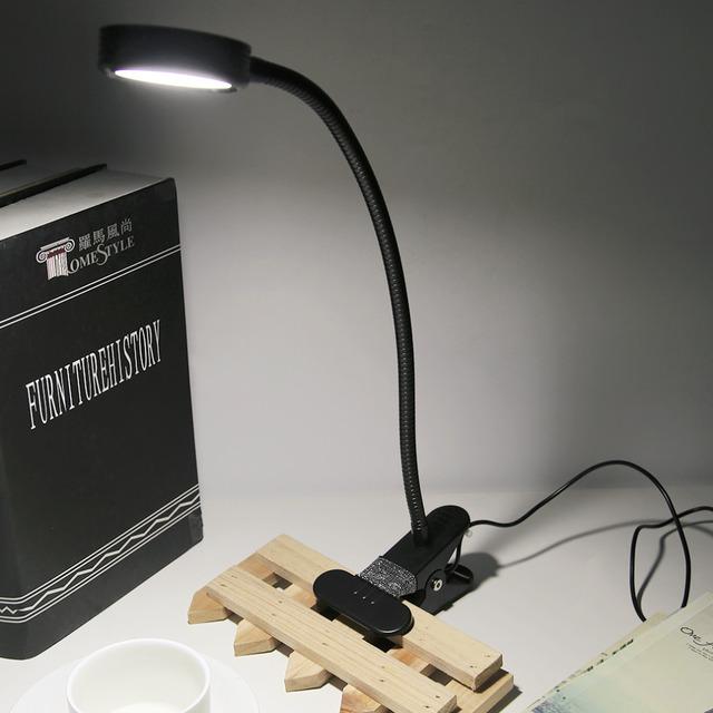 2017 mais novo FX009 LIDERADA lâmpada de Leitura Proteção Para Os Olhos Lâmpada de Mesa de Estudo Com Base Clipe Brilho Interruptor Dimmer Lâmpada de Mesa