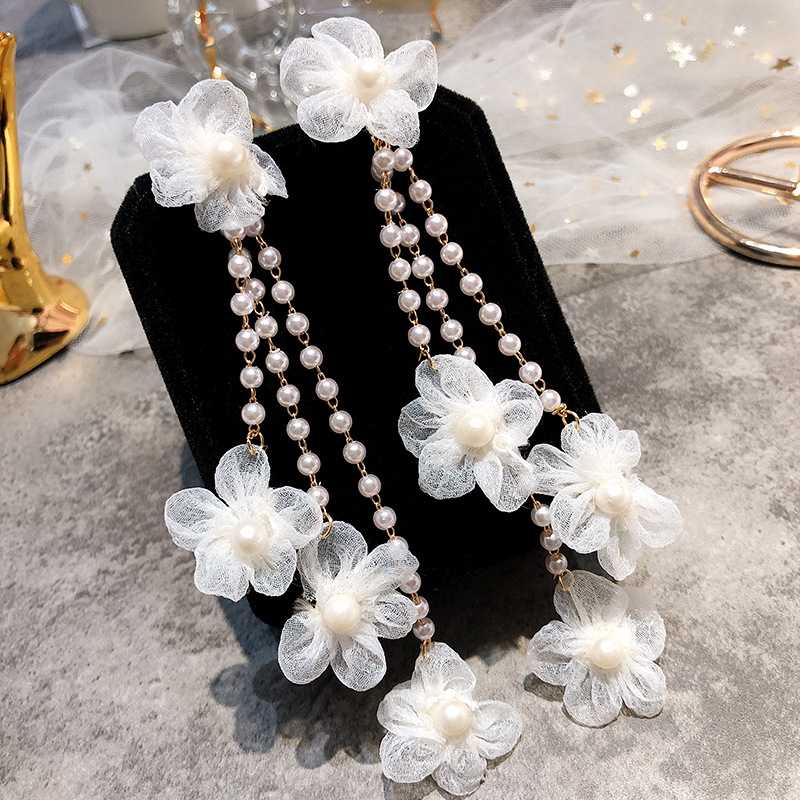 Dominated new 2019 lace flower long pearl tassel contracted Women temperament Drop earrings fashion Jewelry