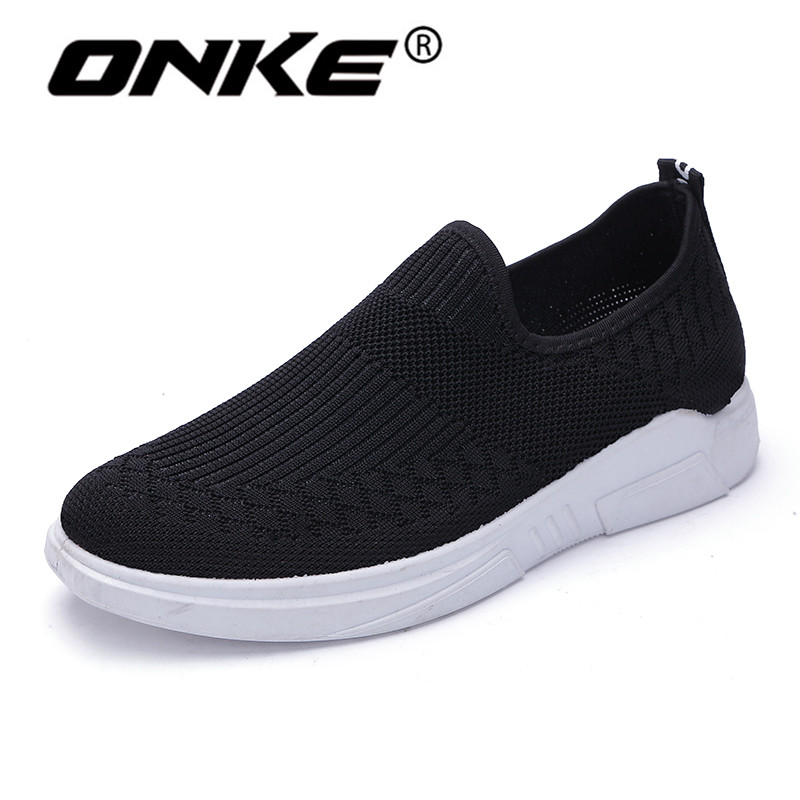 2018 Summer Black Mens Sneakers Breathable Running Shoes for Men Comfortable Slip On Walking Shoes Outdoor Flat Athletic
